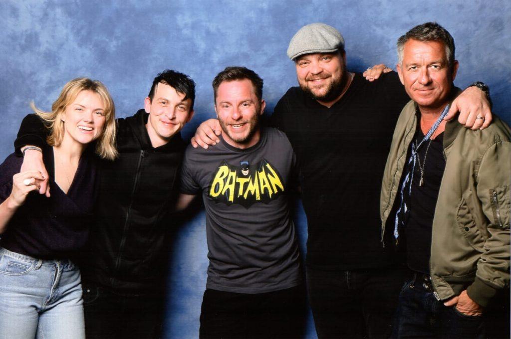 Engin zwischen Butler und Gotham Schurken auf der Convention